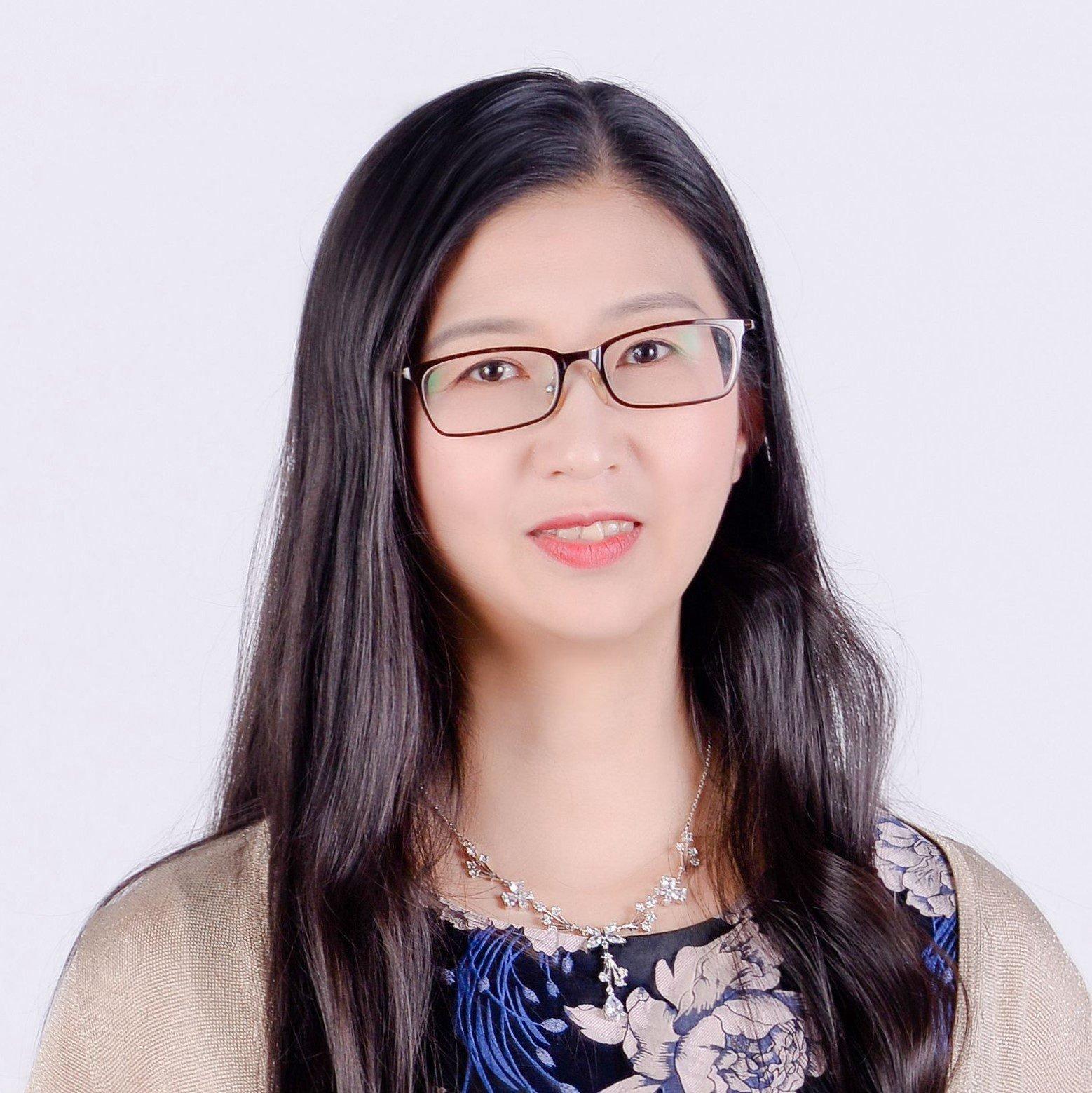钱颖 Ying Qian (Iris)